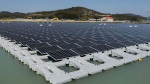 عوامات المحطات الشمسية